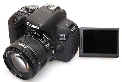 CANON 800 D