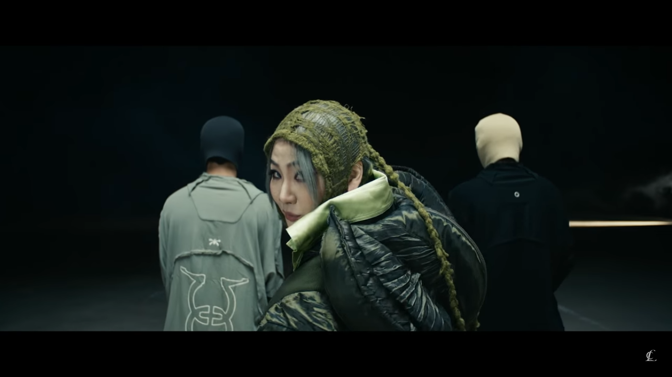 Official Comeback, CL Looks Swag on Video Performance of 'H₩A' and Listen to '5 STAR'