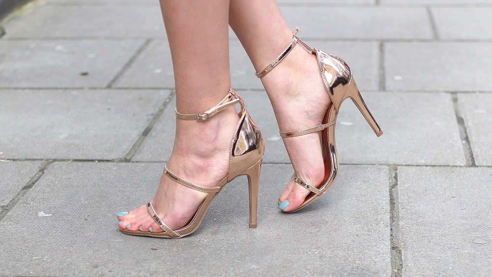 streppy sandals rose gold heels