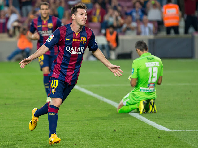 Messi scores for Barca