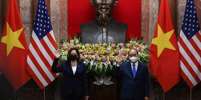 Wapres AS Kamala Harris Ajak Vietnam Gabung Aliansi Anti-China di LCS