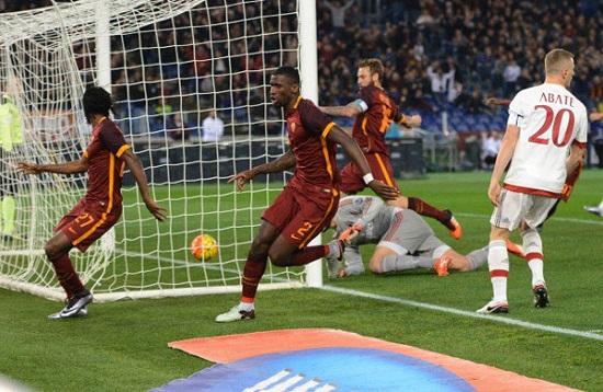 Roma phơi bày điểm yếu trong trận thua 1-7 trước Bayern.