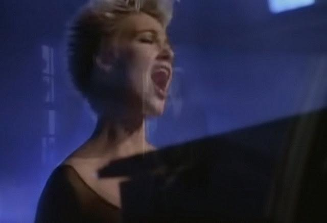 Vokalis Roxette Marie Fredriksson meninggal pada usia 61