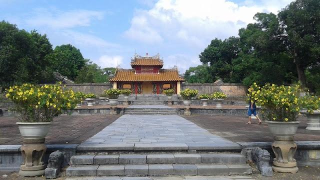 Entrada a Tumba del emperador Minh Mang