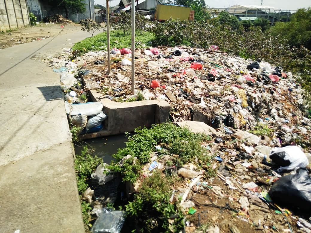 banyaknya sampah di perkotaan
