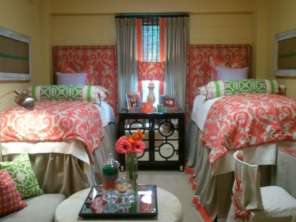 Southern royalty back to school dorm decor - College dorm room ideas examples ...