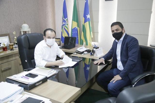 Deputado destina R$850 mil para Saúde e Iluminação Pública em Valparaíso de Goiás-GO