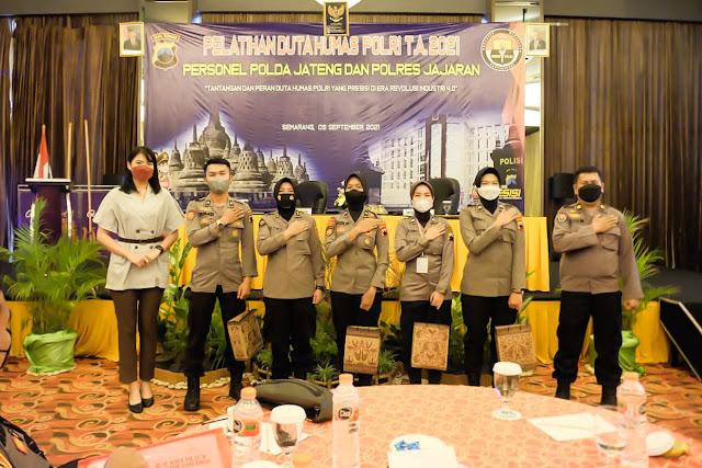 Kapolda Jateng Membuka Pelatihan Duta Humas Polri