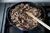 przekąska, przekąski, przystawka, rolada serowa, rolada z kurczakiem, rolada z pieczarkami, serowa rolada z kurczakiem, serowa rolada z pieczarkami, serowa rolada z piersią kurczaka,