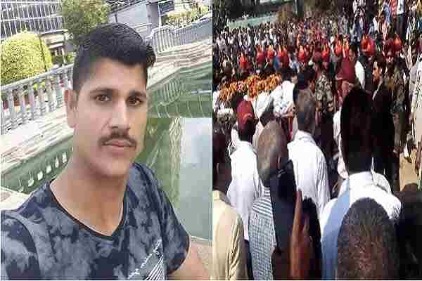 indian-army-soldier-sunil-dead-in-agra-jump-8000-feet-height