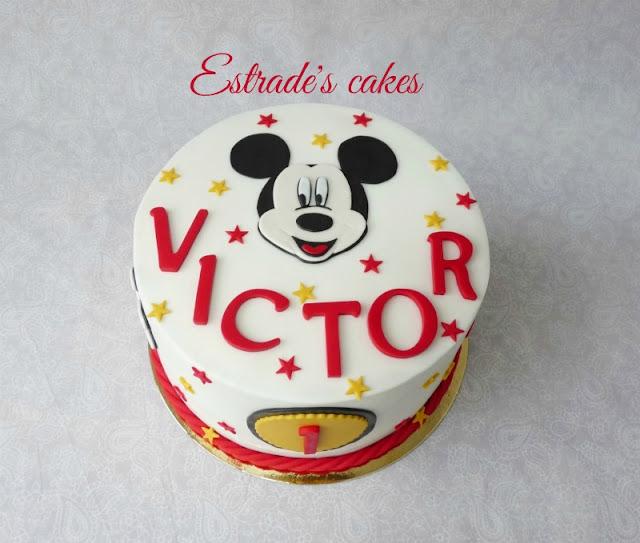 Tarta de Mickey Mousse para cumpleaños 1