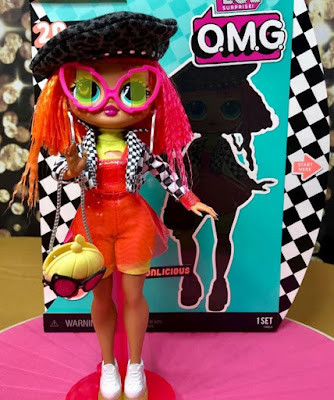 Кукла Neonlicious шарнирная L.O.L. Surprise O.M.G. 2019