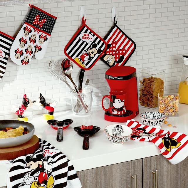 disney magic mickey mouse kitchen