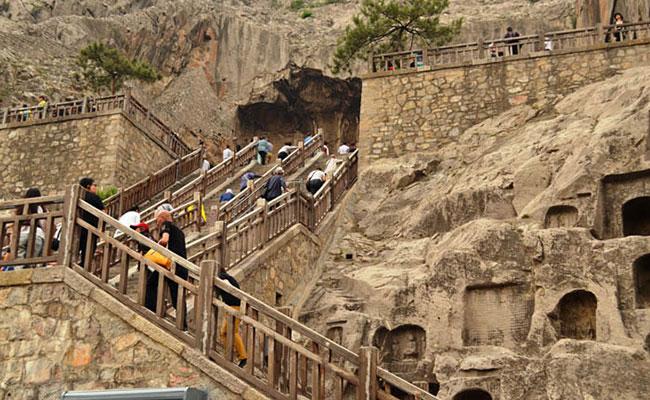 Xvlor Longmen Grottoes
