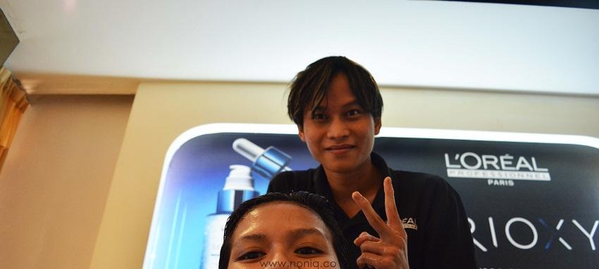 Mas Wawa dari Pointcut By Irwan Team yang bantu saya cuci rambut 10ae843dcd