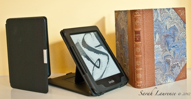 Sarah Laurence: Review of Kindle Paperwhite with Case, Stand