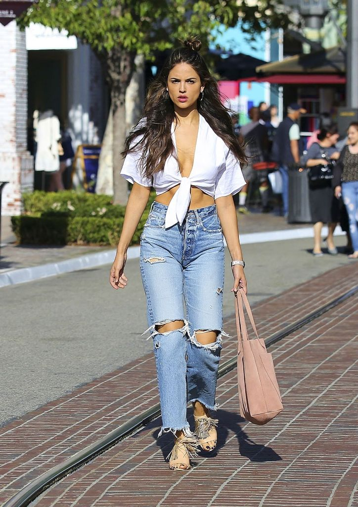Eiza Gonzalez Street Fashion – Shopping in West Hollywood