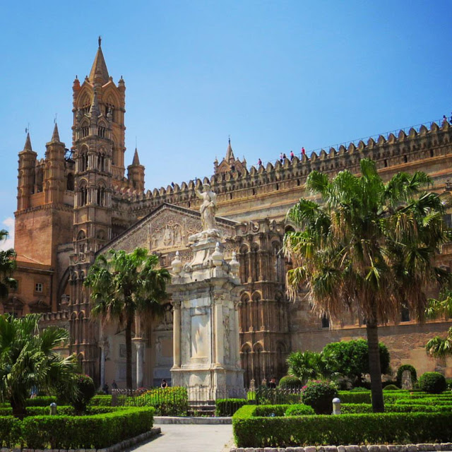 Road trip in Sicily - Duomo in Palermo