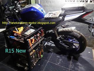 Cara pasang alarm motor remote pada Yamaha R15 New