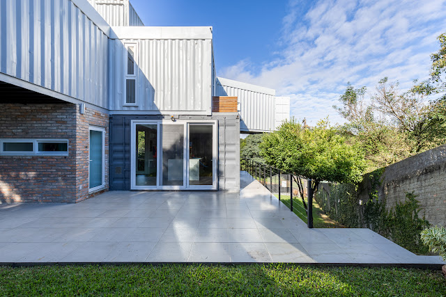 Casa Conteiner RD - 350 sqm Two Story Shipping Container Home, Brazil 3