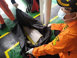 Hari ke 2, Pencarian Korban SJI 182 Kerahkan Kapal