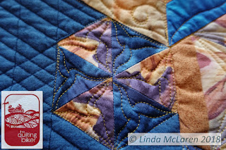 Modern Mini swap quilt alternating pattern triangles with cc quilting
