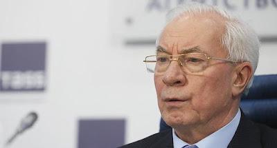 ДБР пред'явило Азарову підозру в держзраді