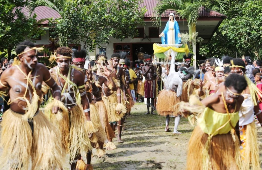Dianggap Mendiskrisminasi, Umat Meminta Gereja Katolik Papua Keluar dari KWI