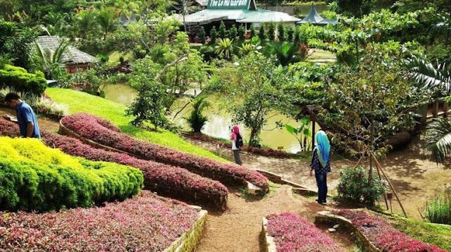 Taman Bunga Warna-warni Wisata taman The le Hu