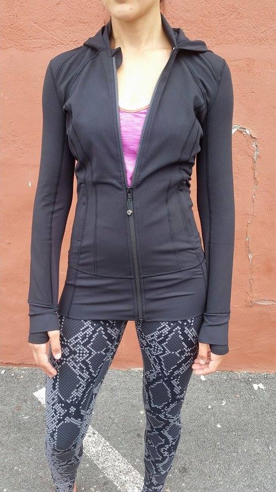 lululemon-daily-practice-jacket black