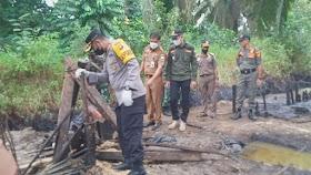 Polres Muaro  Jambi Bersama Tim Terpadu Tertibkan  Ilegal Drilling di Bahar Selatan