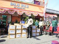 Polrestabes Surabaya Salurkan Ribuan Paket Bansos Dalam Rangka Jum'at Berkah