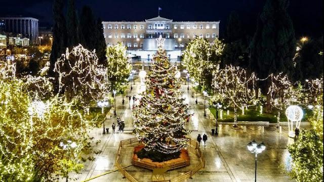 Με μια όμορφη χριστουγεννιάτικη ιστορία η φωταγώγηση του χριστουγεννιάτικου δέντρου στο Σύνταγμα (βίντεο)