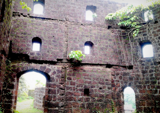 vijaydurg fort photo konkan