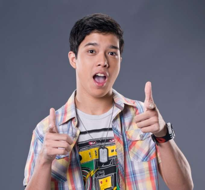 Elmo Magalona playing beautiful music with Lauren Young ...