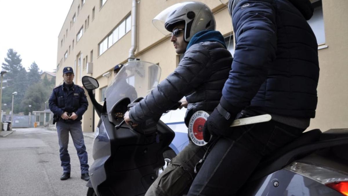 Falchi crack cocaina Polizia di Stato Monte Po'
