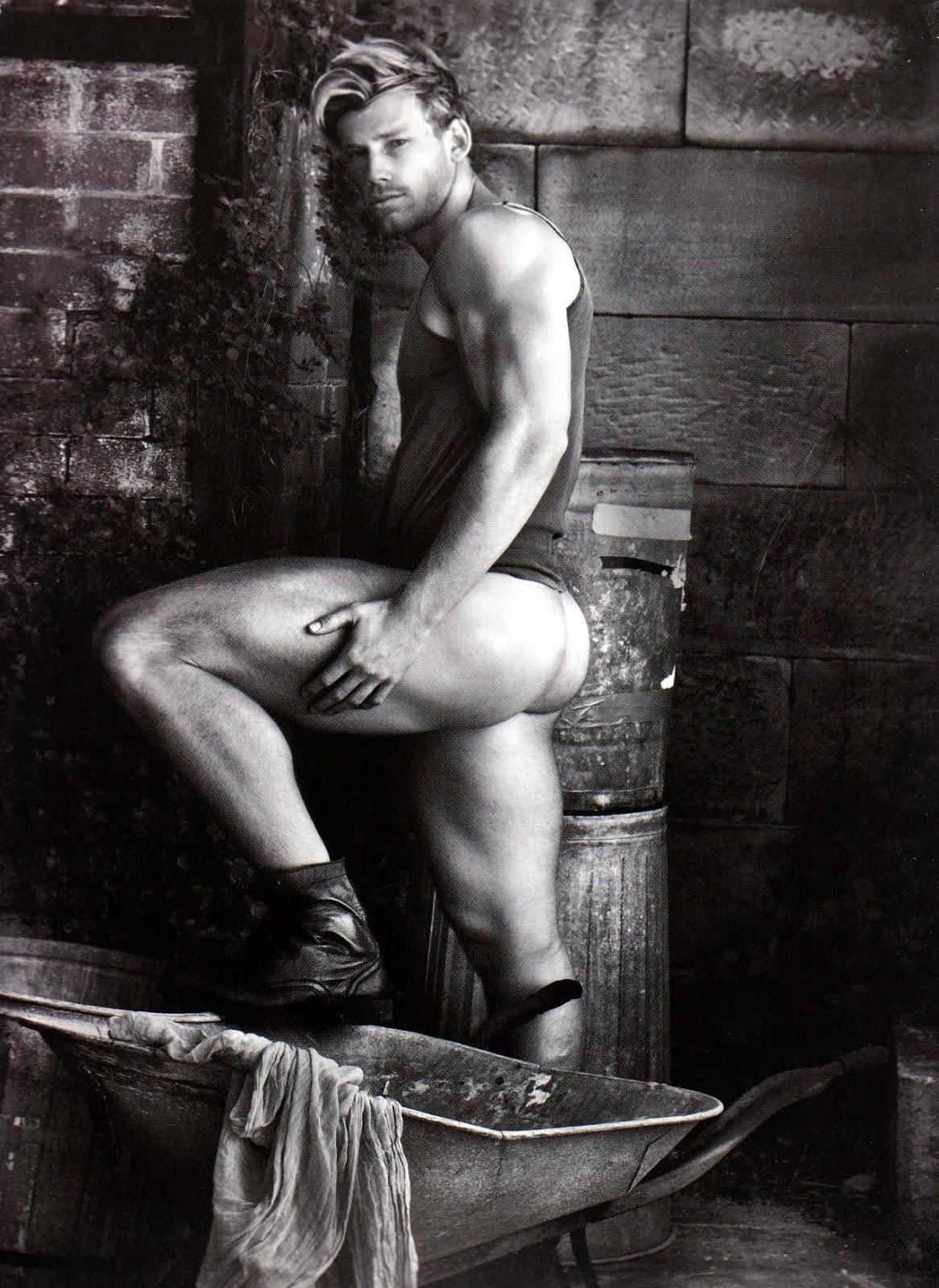 Best male nudes in art history
