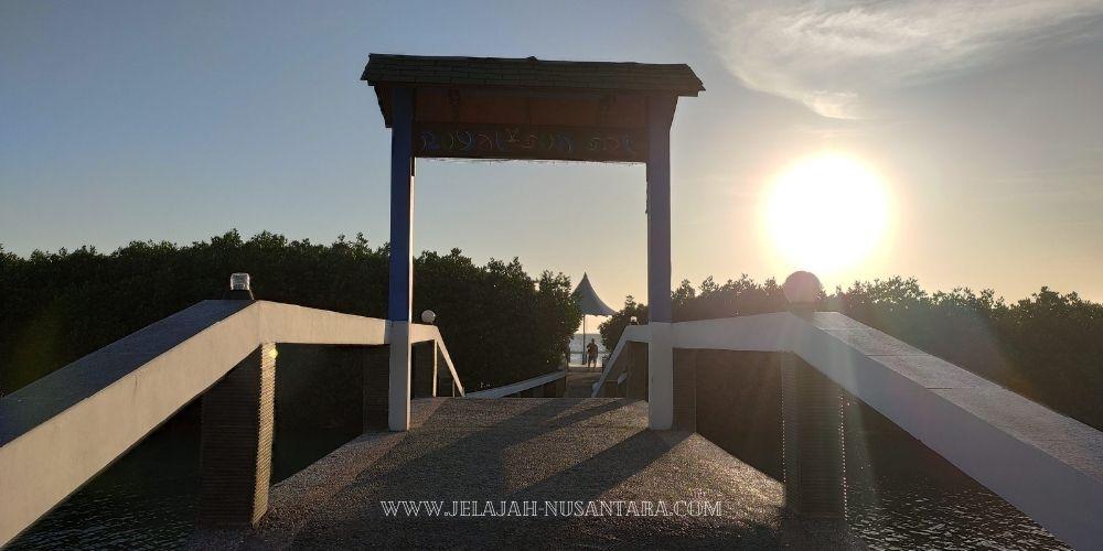 paket royal island resort pulau kelapa