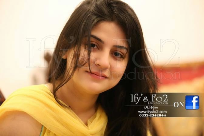 Sanam Baloch pakistani hot model and actress (1)