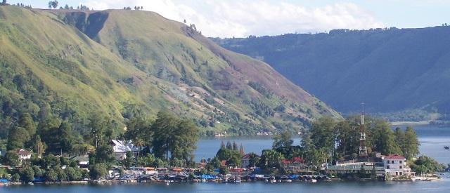 Bila Anda Ke Danau Toba Jangan Lewatkan Menikmati Objek Wisata yang ada di Parapat ini