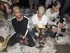 सीतामढ़ी में छेड़खानी कर रहे तीन युवकों का ग्रामीणों ने मुंडवाया सिर
