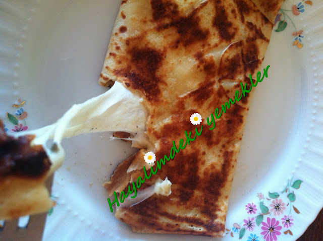 Mozzarella Peynirli Krep,degisik krep tarifleri