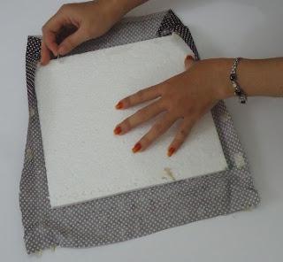isolasi dan kain motif untuk stirofoam