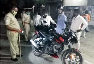 पुलिस ने चेकिंग अभियान चलाकर की संदिग्ध वाहनों की जांच-पड़ताल   #NayaSaberaNetwork