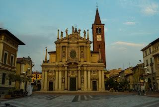Piazza San Giovanni in Busto Arsizio, Lombardy