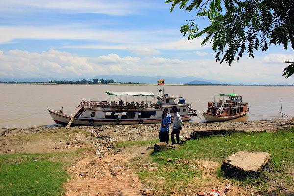 Barcos turisticos desde Mandalay hasta Mingun