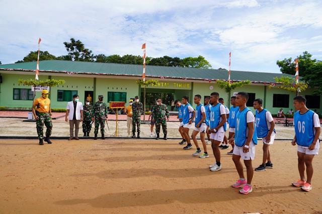 Danrem 022/PT Pantau Pelaksanaan Tes Jasmani Calon Prajurit TNI AD