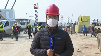 O repórter Zhao Yunfei no hospital Huoshenshan - Divulgação