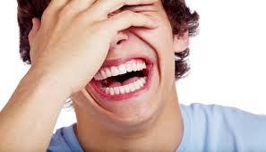 Tamparan Bagi Kamu yang Doyan Bercanda ketika Ngobrol. The Zhemwel
