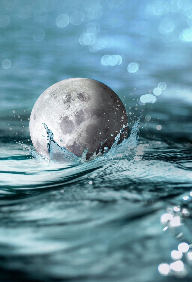 07-The-Moon-taking-a-Swim-Helena-Milton-Photo-Manipulation-that-Shapes-our-View-of-the-World-www-designstack-co